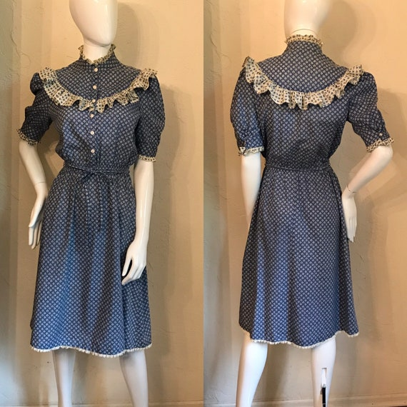 Vintage 1960's 70's Blue Calico Prairie Dress dres