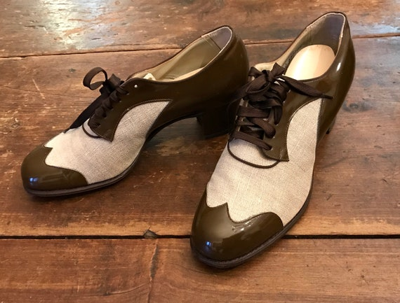 1930's 40's Two Tone Canvas & Patent Oxford Shoes