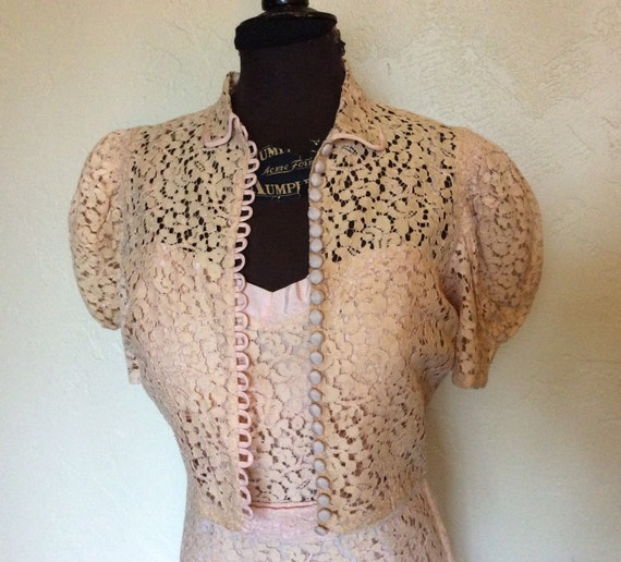 Oh so Sweet Vintage 1930's Pale Pink Lace Evening… - image 2