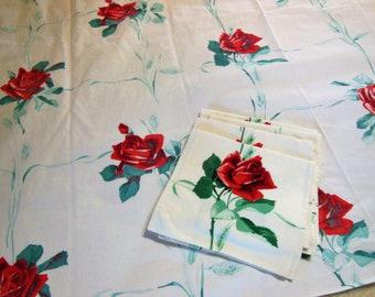 Vintage Tablecloth WILENDUR AMERICAN BEAUTY + 4 Napkin Set, Red Roses Green Wheat Sheaves