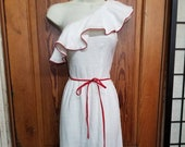 WHITE PARTY DRESS Sexy Unique 70 39 s White Red Piping One Shoulder Dress Salsa Dancer Dancing Wedding Studio 54 Spring Summer 80 39 s Ruffle 8