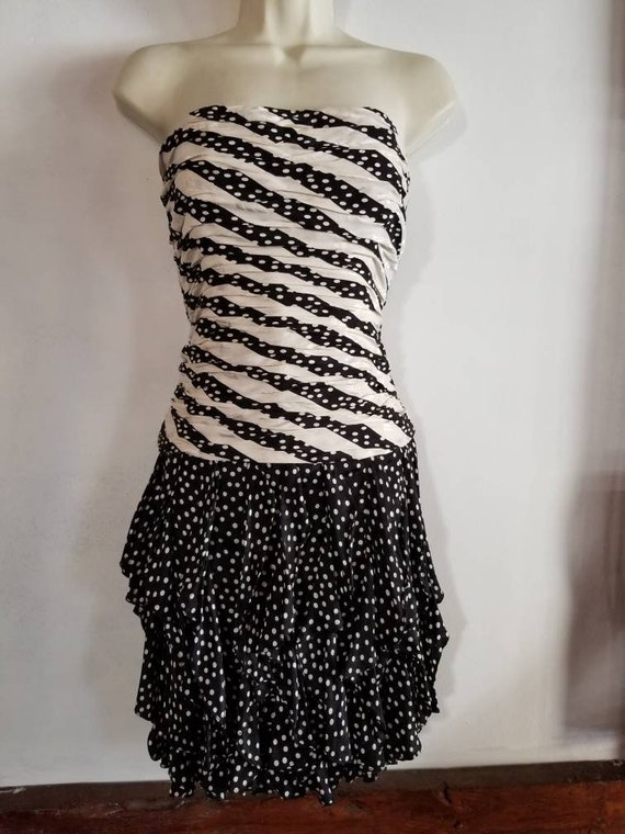 Bari Pink /& Black Stripe Polka Dot Silk Strapless Ruffle Party Dress A.J