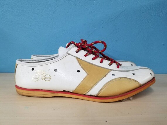 ITALIAN CYCLING SHOES // Vintage