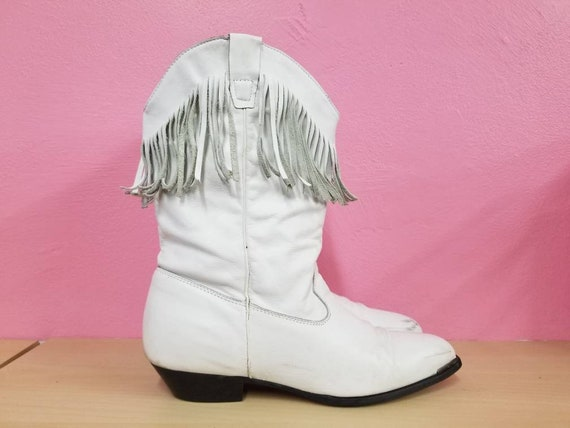 WHITE FRINGE BOOTS // 80's Sexy Leather Fringe Dur