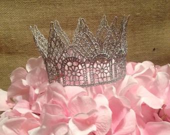 Baby Silver Crown Photo Prop Newborn Photos Little Prince Princess Cake Topper Nursery 1st birthday hat 1st birthday crown