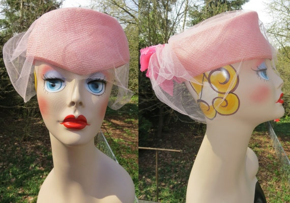 Vintage pink 50s net fascinator hat with pink bow/