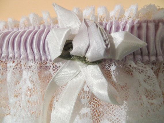Cute little lace garter belt/ wedding garter belt/