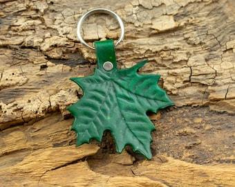 Green leather Leaf keychain