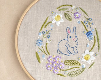 Ester Bunny hand embroidery • Embroidery pattern • PDF • Digital Download • flower embroidery • spring embroidery designs • NaiveNeedle