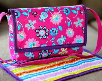 Baby Doll Diaper Bag / Changing Pad - Dolly Diaper Bag - Child's Purse - Doll Accessories - Small Messenger Bag Pockets - Monogram Option