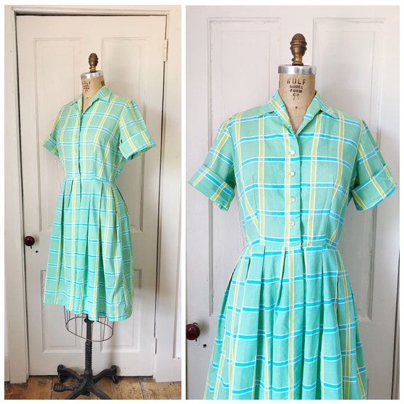 Cottage By the Sea 1950s Mint Green/ White/Aqua/Ch