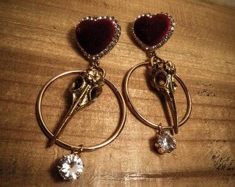 Red Velvet Heart Skullbird golden earrings