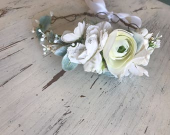 White succulent flower crown