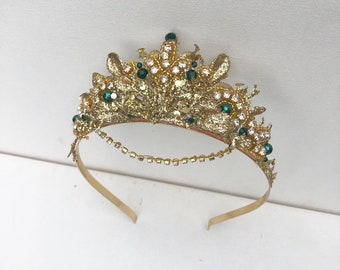 Emerald Gold Crown