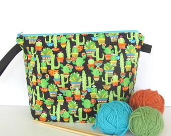 Cactus Knitting Bag, Project bag for crochet, knitting, Gift for knitter, Zipper bag, knitting accessory, Wedge bag