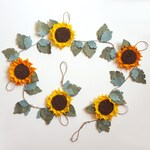 Felt sunflower garland - thanksgiving garland, sunflower banner, autumn garland, felt sunflower, nursery garland, fall wedding garland