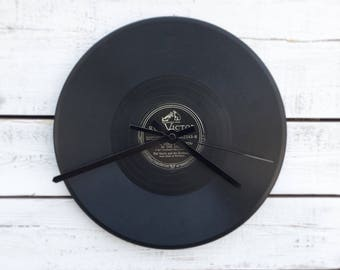 Vinyl Record Clock / Unique Gifts, Rustic Home Decor, Office Decor, Cool Christmas Gifts, Groomsman Gifts, Vintage Decor, Hipster Style