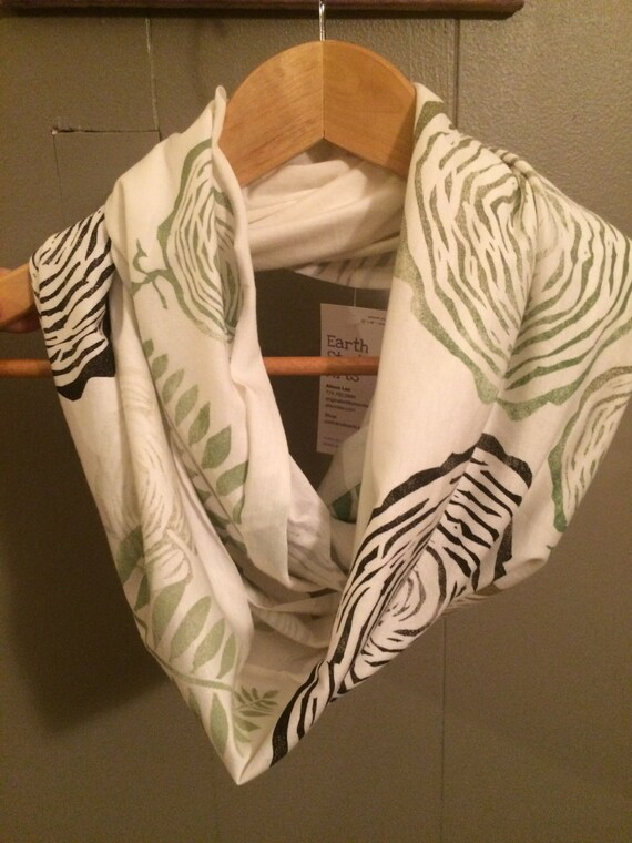 Woodvibes bamboo infinity scarf