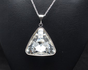23x23x23mm Swarovski Faceted Triangle Pendant - Many Different Colors - SW8FP