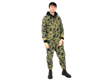 9a9cdead7349 Camo Flightsuit   70s Jumpsuit   Mens Womens Unisex Army   Fashion  Coveralls   Workwear Hunting Mechanic Romper   SAFTBAK Hunting   Medium