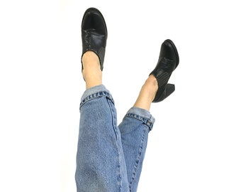 Blackpleather Ankle Boots / Womens Size 9M / Slip On Shoes / Western Style / 1990s Block Heel / 90s Minimalist / Platforms/ Black Heels