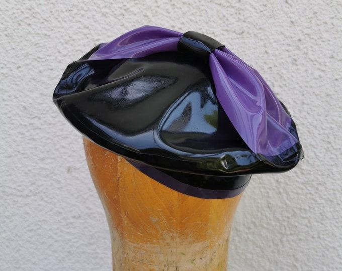 Latex beret 'Bow- Lila' - sample piece