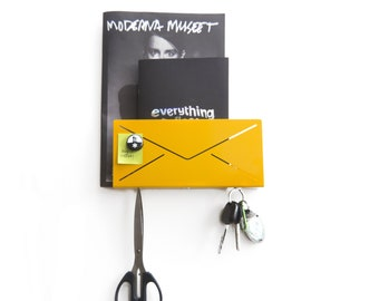 Modern entryway mail and key organizer wall mount