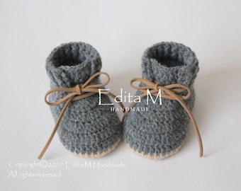 716dd199d5d4 Unisex baby booties, crochet baby shoes, baby boots, baby boy sneakers,  0-3, 3-6, 6-9 months, gift for baby, gray, announcement, new mom
