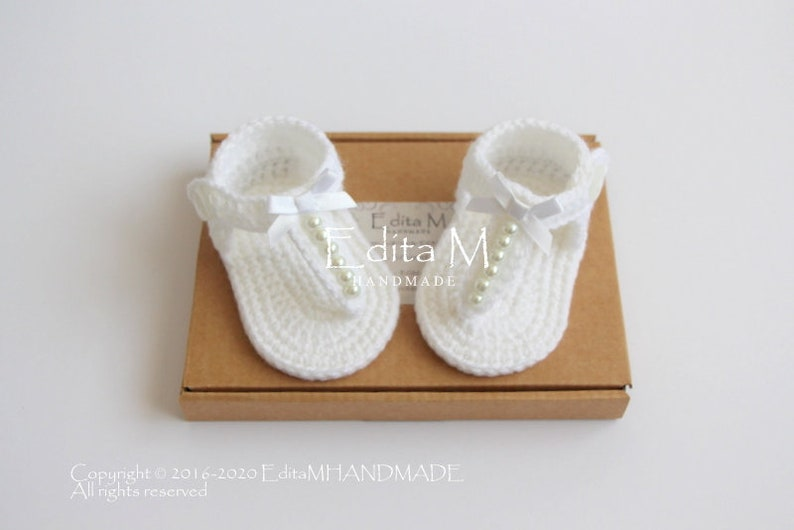 wedding baby shower gift 6-9 months gladiator sandals 3-6 Crochet baby sandals 0-3 pearl summer shoes baby booties baby slippers