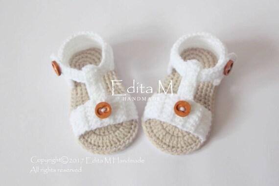 Handmade Crocheted//Knitted Boy//Girls Cuffed Booties Light Denim Blue 0-3 Months