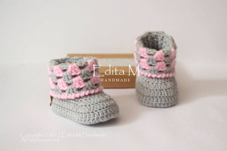 4f9085db6e7 Crochet baby booties knitted baby boots baby girl shoes