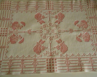 doll bed coverlet, blanket pink white Sunbonnet Sue