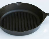 Vintage LODGE X-Larger Size 11 3 8 quot Width No. 9 Cast Iron Broiler Grill Skillet Fry Pan, Professionally Cleaned and Organically Seasoned