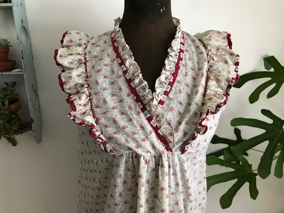 Vintage large floral nightgown