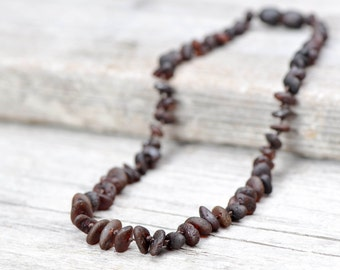 Raw teething necklace of Baltic amber
