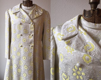 """Dorothy Lee by Buddy """"G"""" Yellow and Silver Floral Brocade A-line Double Breasted 1960's Coat"""
