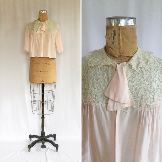 Vintage 50s bed jacket | Vintage pink rayon lace b