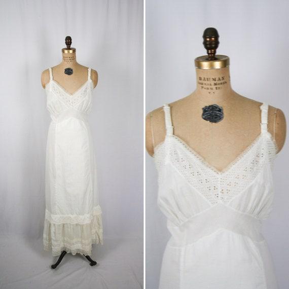 Vintage 60s Slip Dress    Vintage white cotton eye