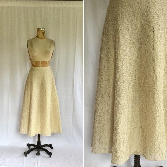 Vintage 40s full skirt | Vintage cream lace new lo