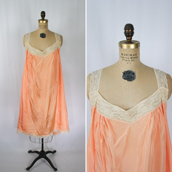 Vintage 30s nightgown | Vintage peach rayon lace n