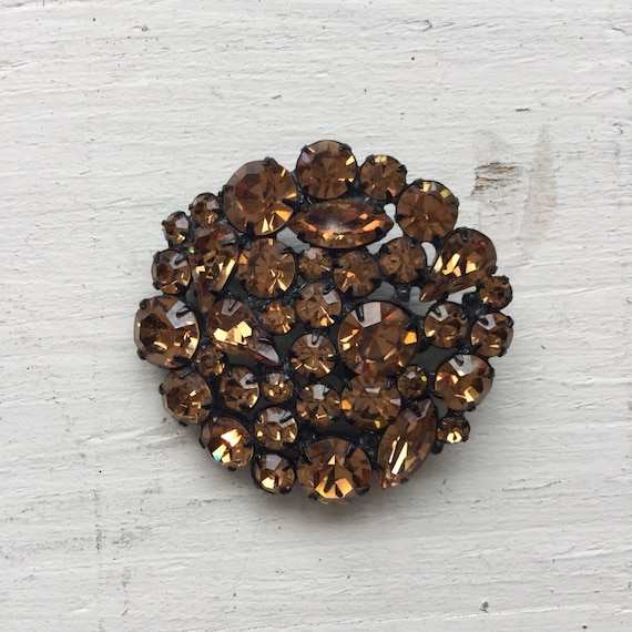 Carmel brooch | Vintach brown rhinestone brooch |
