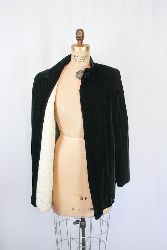 Vintage 30s jacket | Vintage black silk velvet  j… - image 6