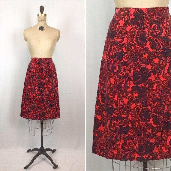 Vintage 70s skirt | Vintage pink paisley velvet sk