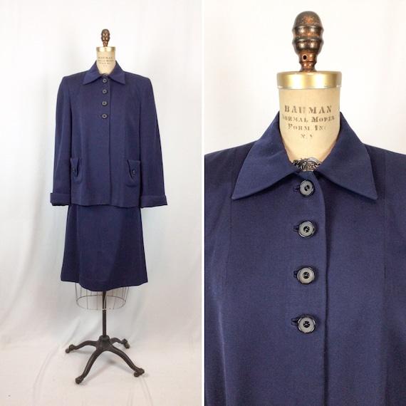 Vintage 40s suit   Vintage navy wool gabardine two