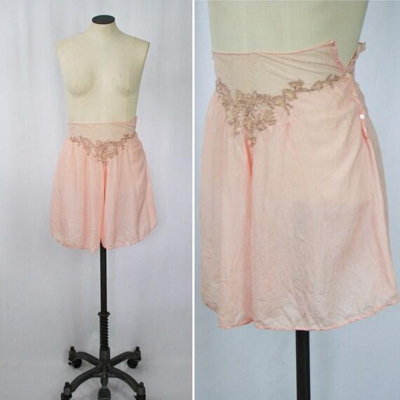 Vintage 30s tap pants   Vintage pink silk tap shor