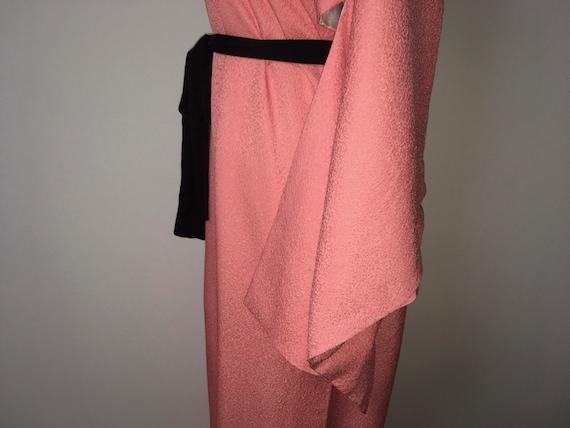 Vintage kimono - Coral pink, Chirimen silk, 80s - image 5