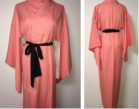 Vintage kimono - Coral pink, Chirimen silk, 80s - image 1