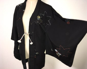 Vintage haori - Maple leaf and little flower, Damask silk, One crest of golden maple leaf, Lacquer thread