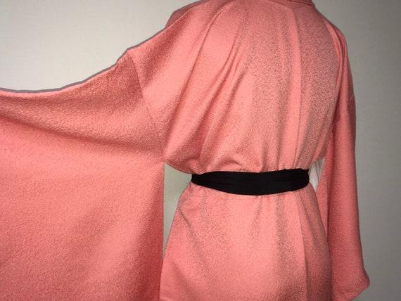 Vintage kimono - Coral pink, Chirimen silk, 80s - image 7