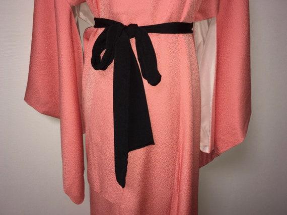 Vintage kimono - Coral pink, Chirimen silk, 80s - image 2